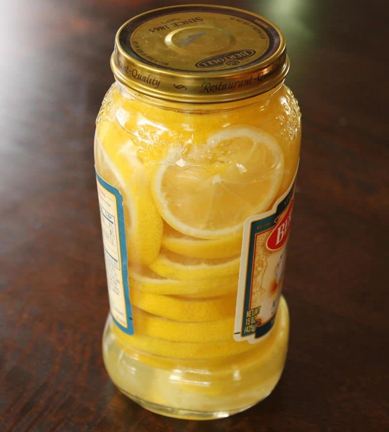 Homemade cleaner with lemon and vinegar