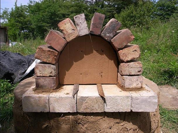 How to make a homemade cob oven4