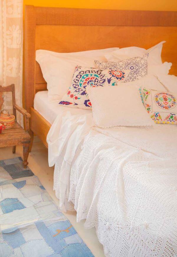 White crochet quilt