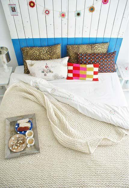 Neutral crochet bed coverlet