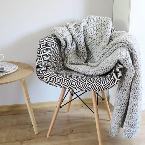 Crochet quilt for armchair