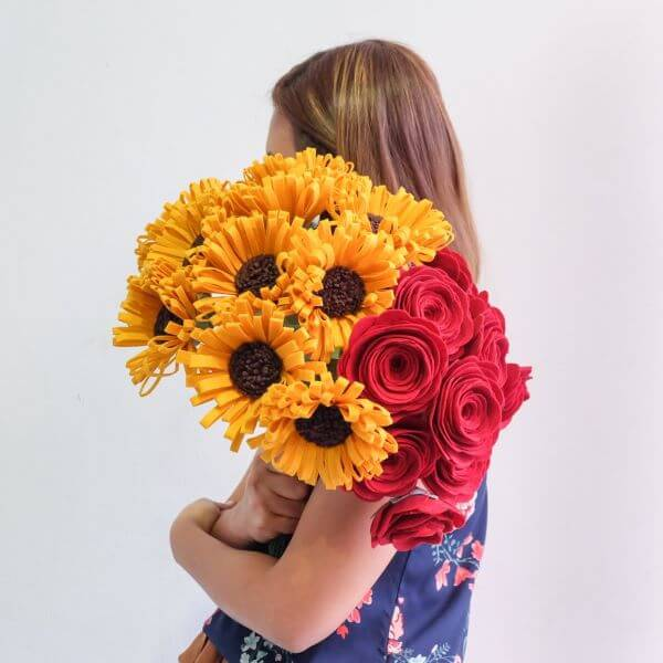 Bouquet of felt flowers with sunflower and roses