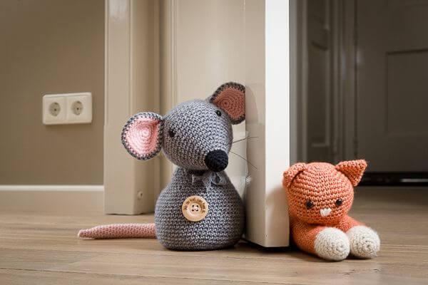Crochet door weight for children's room