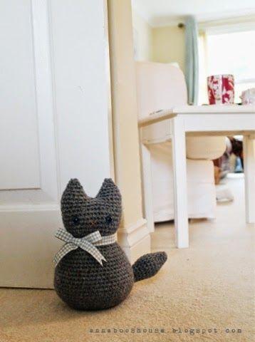 Kitten crochet door weight for bedroom