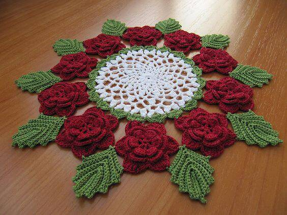 Crochet centerpiece with flowers and leaves