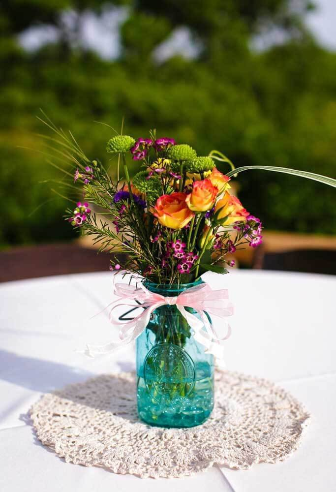 Centerpiece with flower pot