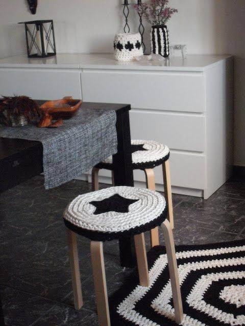 Black and white crochet kitchen rug