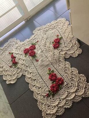 Crochet crochet rug set with pink flowers Foto de Mercado Livre