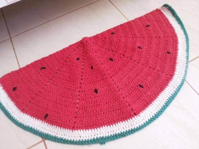 Crochet kitchen rug with watermelon design