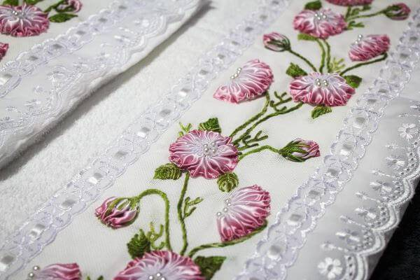 towels embroidered with ribbon flower