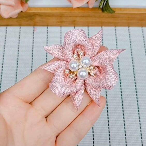 Ribbon flower with pearls to use on hair