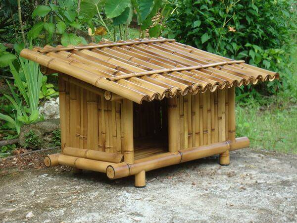 Doghouse made of crafts with thick bamboo