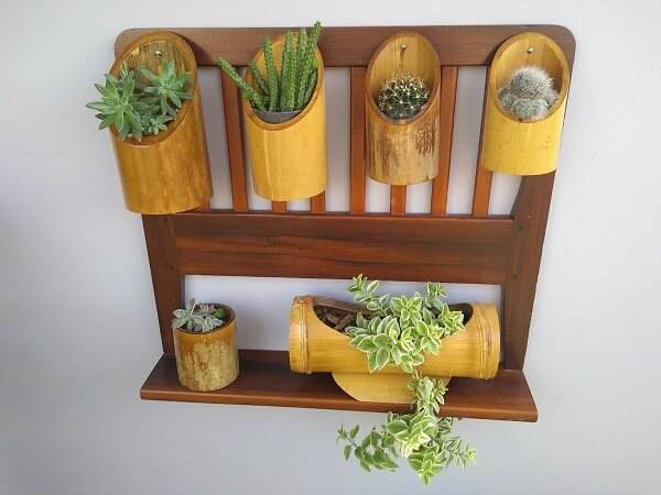 Crafts with bamboo and varnish