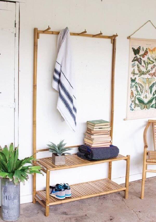 Create a beautiful accessory using bamboo crafts