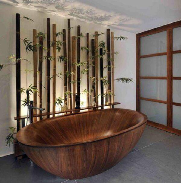 Bamboo crafts decorates the bathroom area