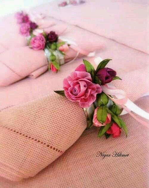Fabric napkin holder with flowers