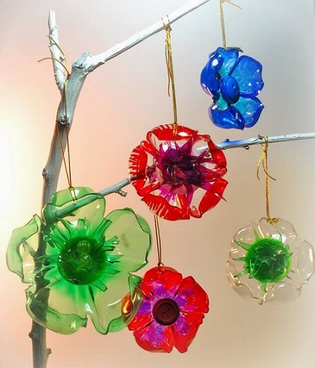 How to make Christmas ornaments with colored PET bottle