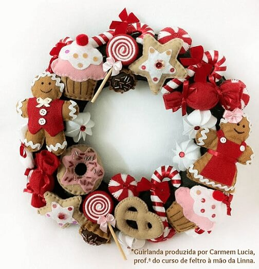 Christmas wreath with candies made of felt