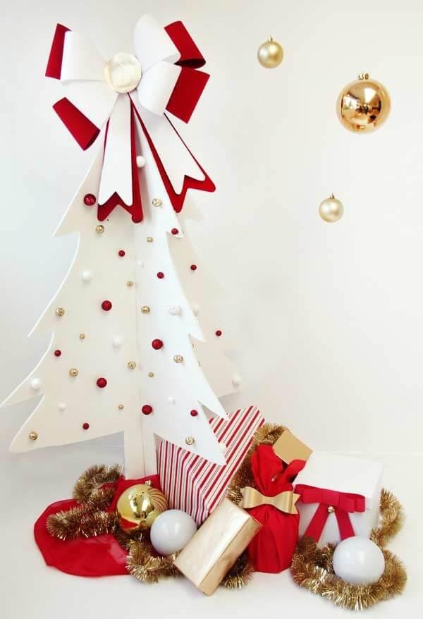EVA allows the creation of beautiful Christmas arrangements