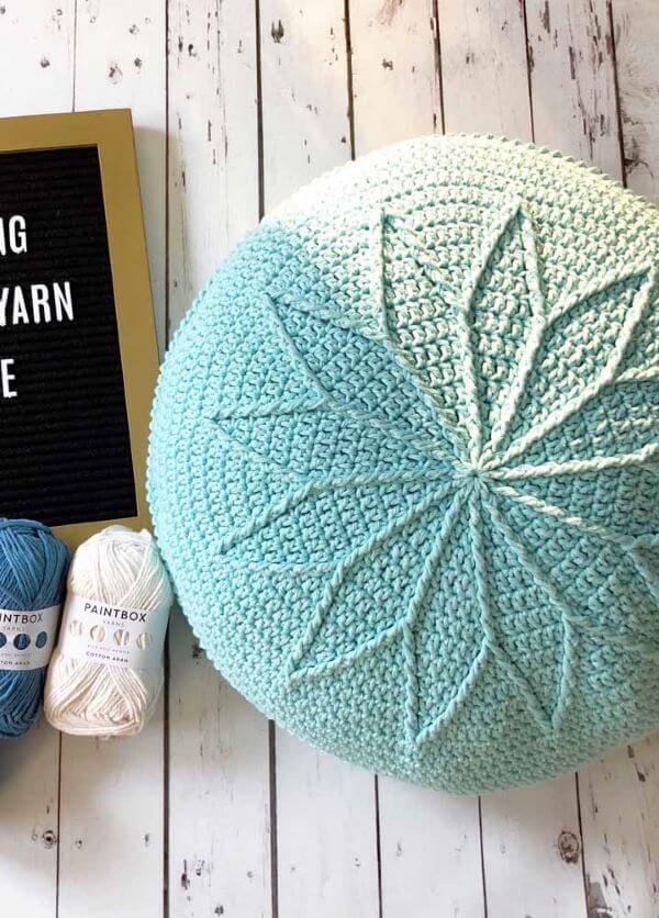Create beautiful crochet puff models for your home