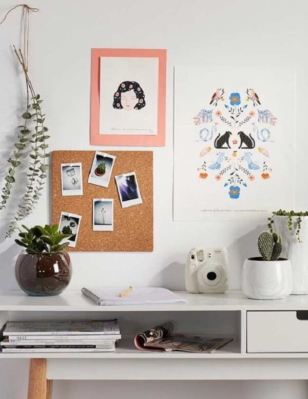 The cork board brings a more rustic footprint to the environment