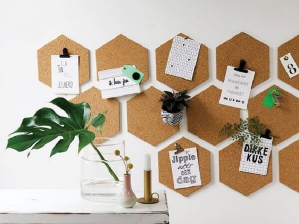 Use the board made of cork to fix special tickets