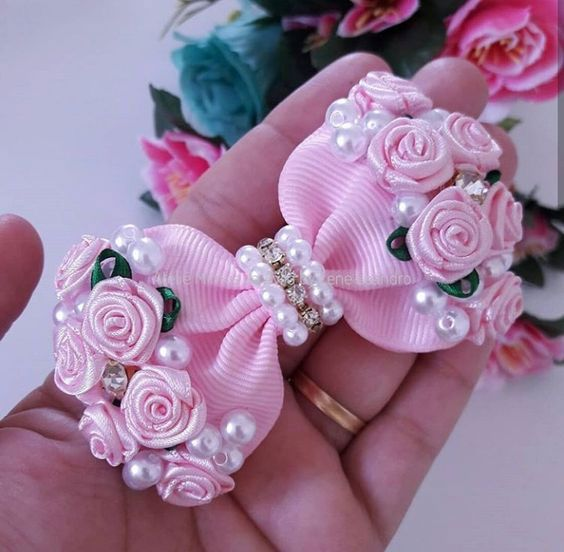 how to make ribbon bow - delicate bow with flowers