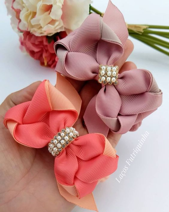 how to make ribbon bow - classic ties