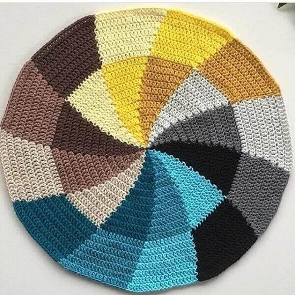 Different round crochet rug