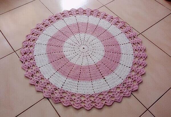 Round pink and white crochet rug