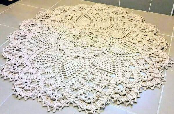 Round crochet rug for living room or bedroom