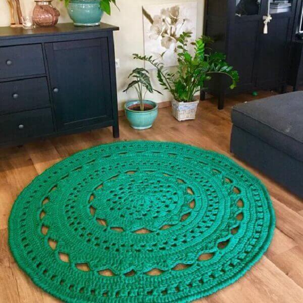 Water green round crochet rug