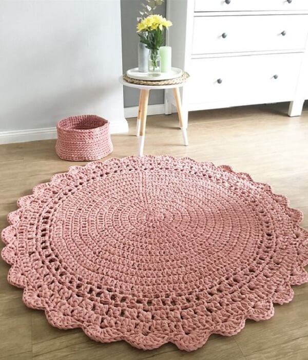 Light pink for round crochet rug