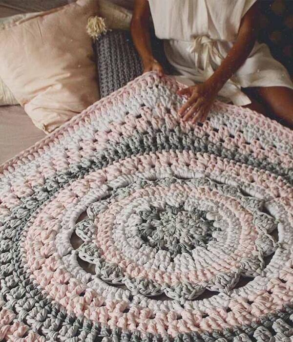 Giant crochet round rug