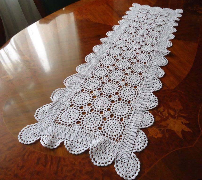 simple white crochet table runner