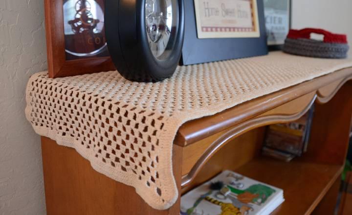 vintage crochet table runner