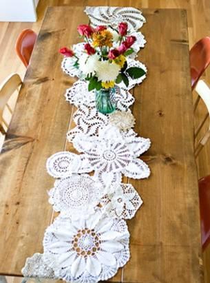 Crochet flowers table runner