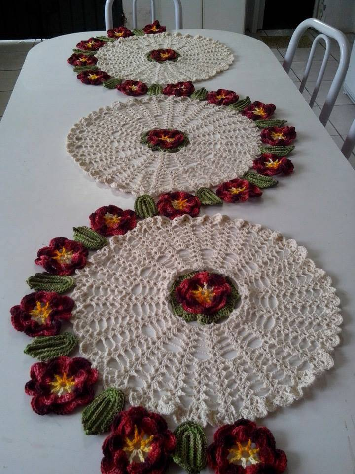Crochet table runner with circles and flowers