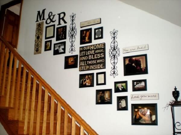 Para decoração aposte em quadros de fotos com letras em MDF e adesivos