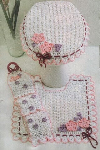 crochet toilet paper holder