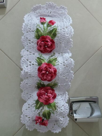 toilet paper holder with flowers