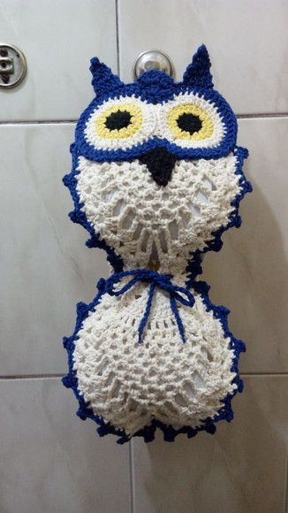 crochet toilet paper holder with owl eyes