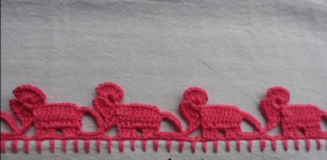 Dishcloth with crochet nozzle in elephant shape Photo by Big Tudo Artesanato