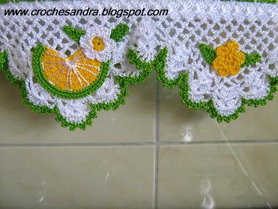 Dishcloth with crochet nozzle with details of fruits and flowers Foto de Coisas de Vó