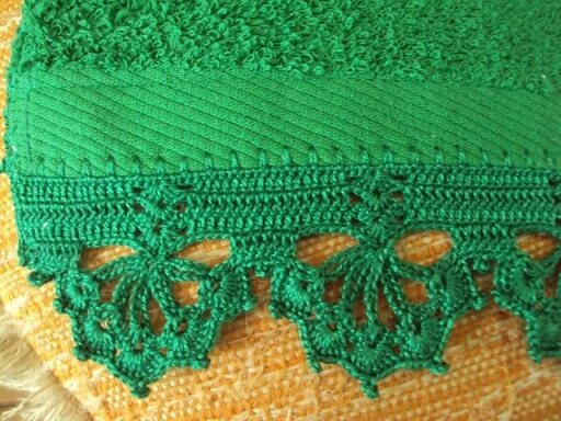 Crochet hook for green towel Photo from Pinterest
