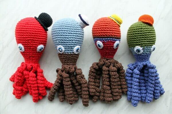 Crochet octopus with little hats