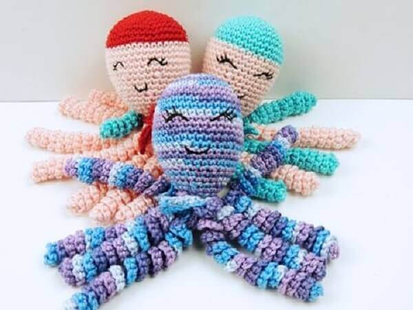 Crochet octopus with colored thread