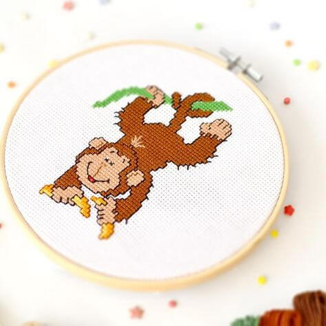 Embroidery to decorate the children's room