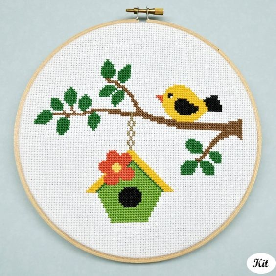 Decorate your home with simple and beautiful embroidery
