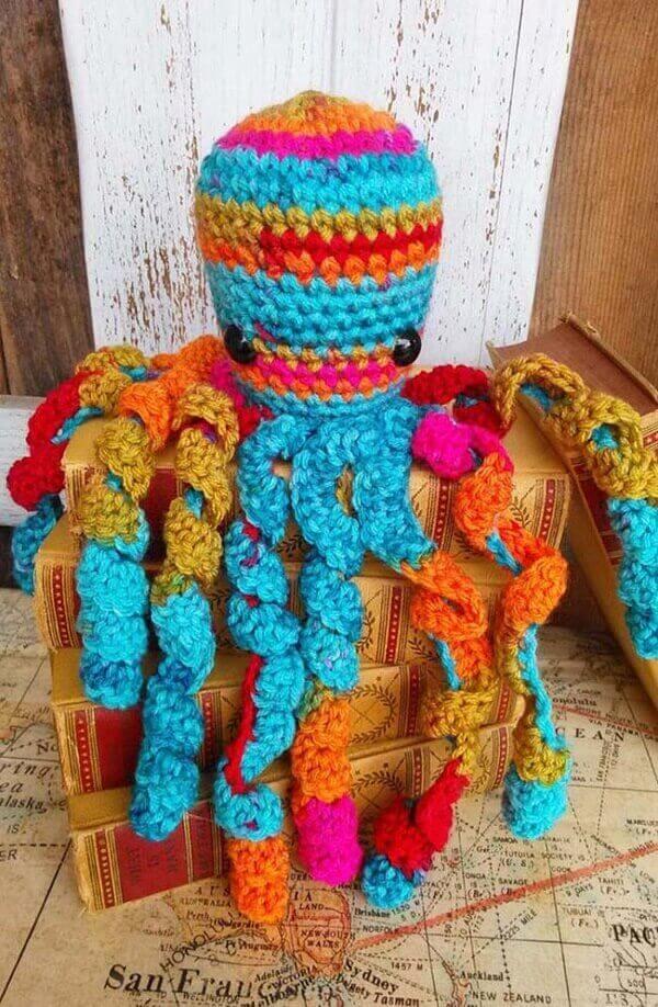 Crochet octopus soothes premature babies